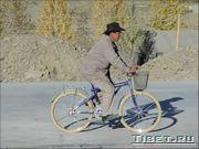 Тем, кому жалко денег, дают велосипед! :-)