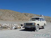 Джип - основное средство передвижения в Тибете